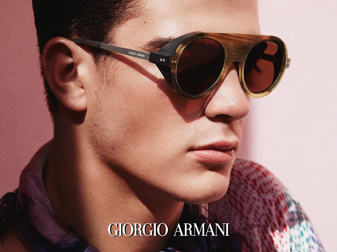 Sluneční brýle GIORGIO ARMANI Vás na prvni pohled přesvědčí o velkoleposti  a nepolapitelné kombinaci stylu a luxusu. Půvab slunečních brýlí GIORGIO  ARMANI ... 14e2e4b806f